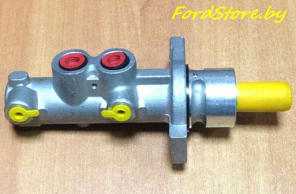 Главный тормозной цилиндр 1